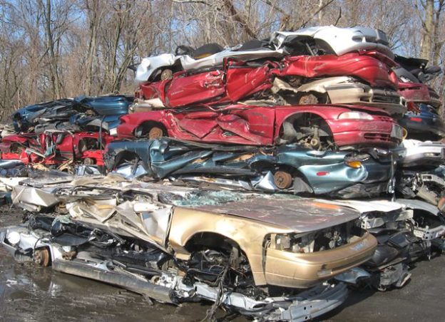 Scrap vehicle buyer, sell a car for scrap, totaled car, vehicle removal, where to junk a car